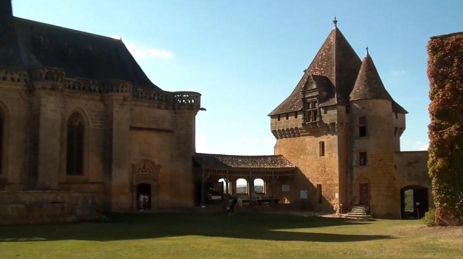 chateau_biron-81