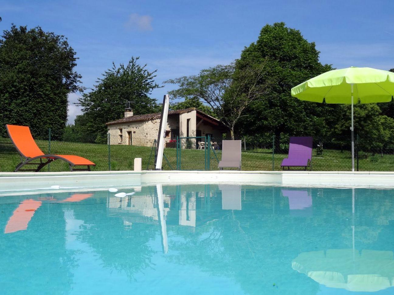 Gites de france avec piscine au sud de la dordogne - Gite dans les landes avec piscine ...